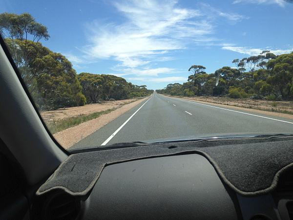 Нажмите на изображение для увеличения.  Название:183 km straight road.jpg Просмотров:59 Размер:901.2 Кб ID:158810