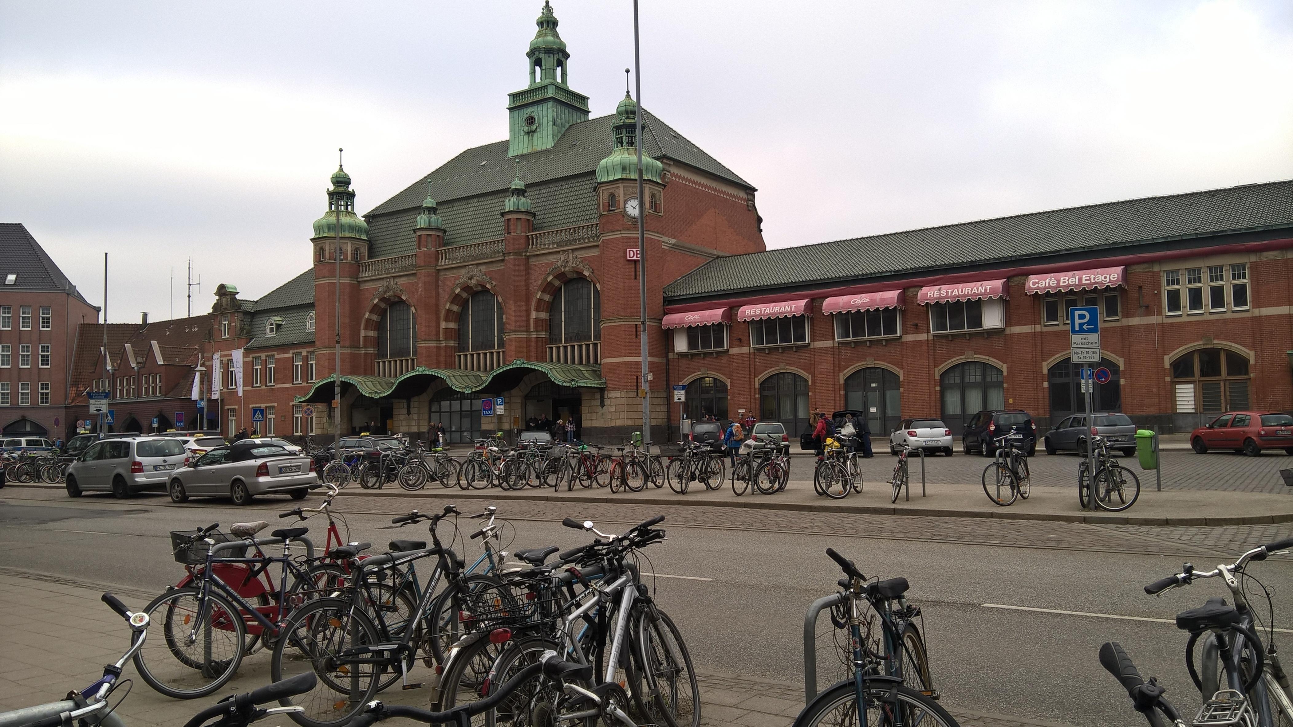 Нажмите на изображение для увеличения.  Название:Lübeck.jpg Просмотров:7 Размер:1.31 Мб ID:176671