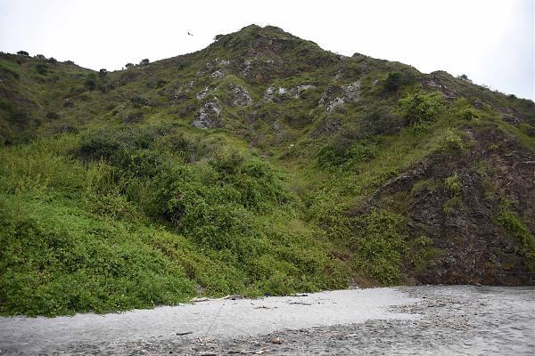 Нажмите на изображение для увеличения.  Название:Salango isl - HC2AO на скале - под&#.jpg Просмотров:17 Размер:1.77 Мб ID:189399