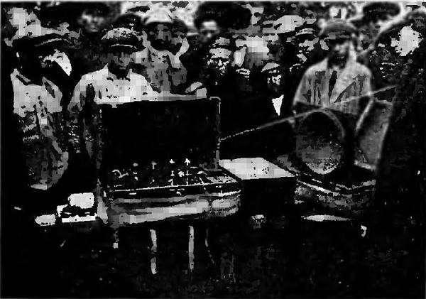 Нажмите на изображение для увеличения.  Название:Кинорадиопередвижка-1929.JPG Просмотров:24 Размер:68.6 Кб ID:219506