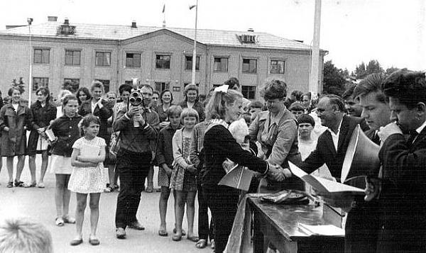 Нажмите на изображение для увеличения.  Название:1970-Республиканские соревнования по радиоспорту г.Ка.jpg Просмотров:11 Размер:57.0 Кб ID:222074