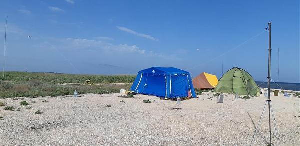 Нажмите на изображение для увеличения.  Название:Лагерь на EU-180.jpg Просмотров:5 Размер:86.8 Кб ID:236393