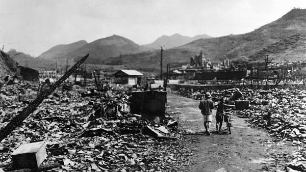 Нажмите на изображение для увеличения.  Название:Руины Нагасаки после атомной бомбы.jpg Просмотров:1 Размер:102.8 Кб ID:237979