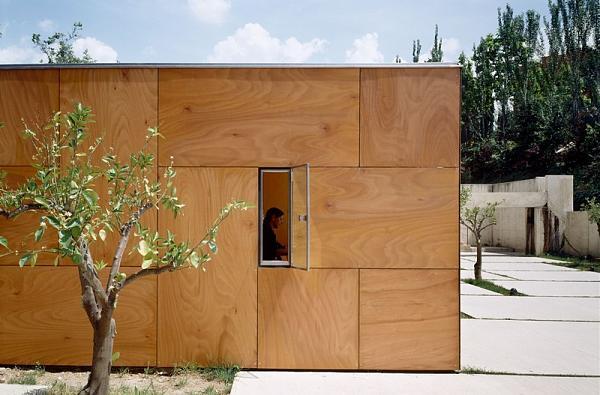 Нажмите на изображение для увеличения.  Название:LaAlhambraInformationPoints-MartinezYSolerArquitectura-Granada-Spain-2002-Parklex-Facade-Copper-.jpg Просмотров:9 Размер:107.1 Кб ID:245291
