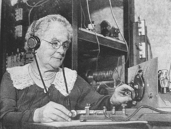 Нажмите на изображение для увеличения.  Название:yl-photo-contest-short-wave-craft-august-1935-3.jpg Просмотров:9 Размер:212.1 Кб ID:248444