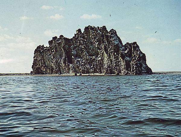 Нажмите на изображение для увеличения.  Название:Clipperton Rock, 1978 год.jpg Просмотров:2 Размер:1.50 Мб ID:256085