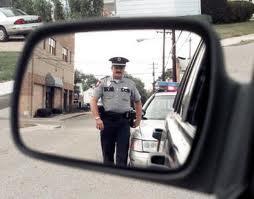 Название: Ham-Radio-police-officer-approaching-car.jpeg Просмотров: 232  Размер: 8.5 Кб