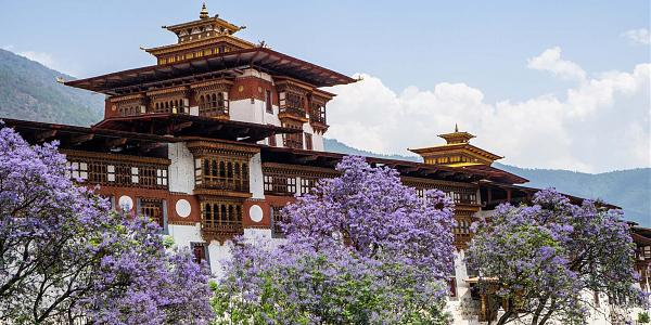Нажмите на изображение для увеличения.  Название:Dzongs-Bhutan-1-1536x768.jpg Просмотров:5 Размер:284.7 Кб ID:269618