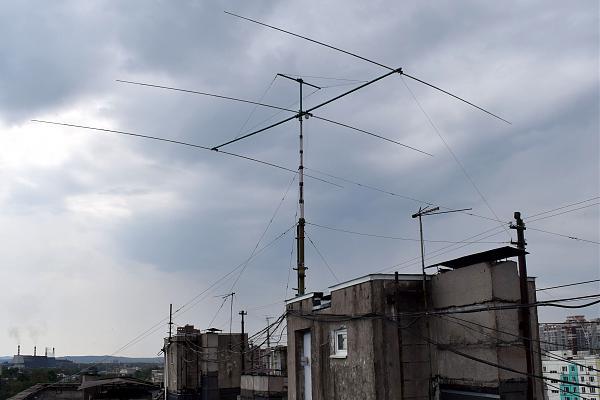 Нажмите на изображение для увеличения.  Название:R0IAA antenna.JPG Просмотров:9 Размер:538.1 Кб ID:312859