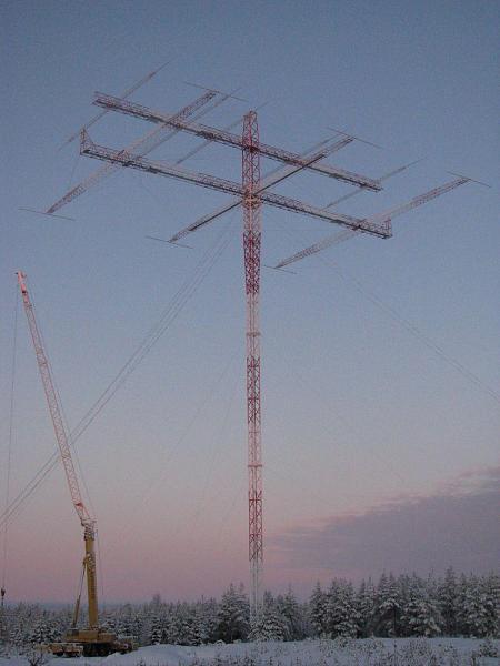 Нажмите на изображение для увеличения.  Название:OH8X Antena Monster (160 M 3 el. Yagi).JPG Просмотров:866 Размер:134.7 Кб ID:41698