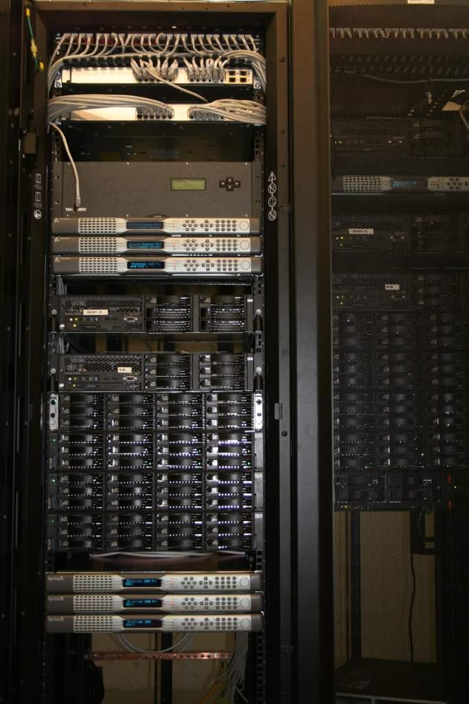 Нажмите на изображение для увеличения.  Название:Серверы.jpg Просмотров:225 Размер:91.8 Кб ID:47692