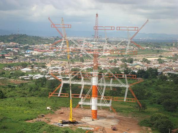 Нажмите на изображение для увеличения.  Название:Nigeria_5N7Q_Antenna.jpg Просмотров:279 Размер:107.7 Кб ID:65374