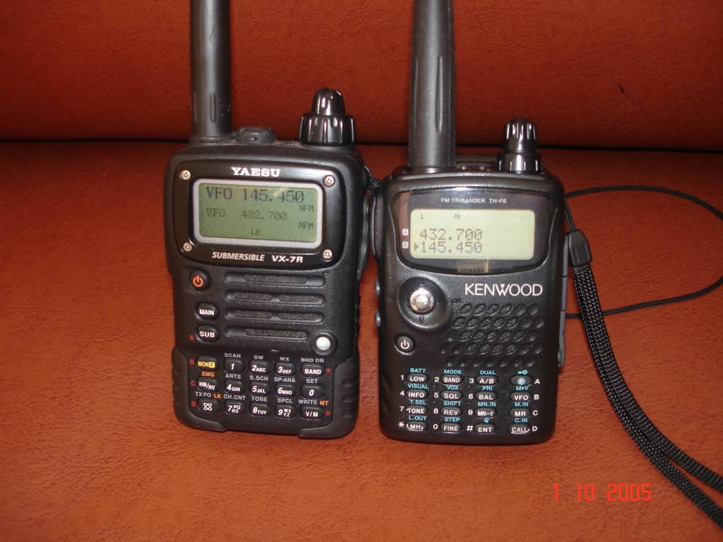 Что брать: KENWOOD TH-F7E или YAESU VX-7R ?
